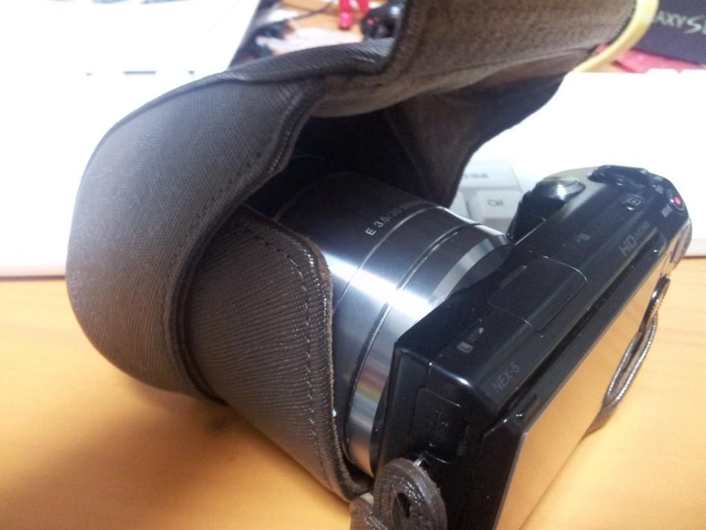 純正カメラケース
