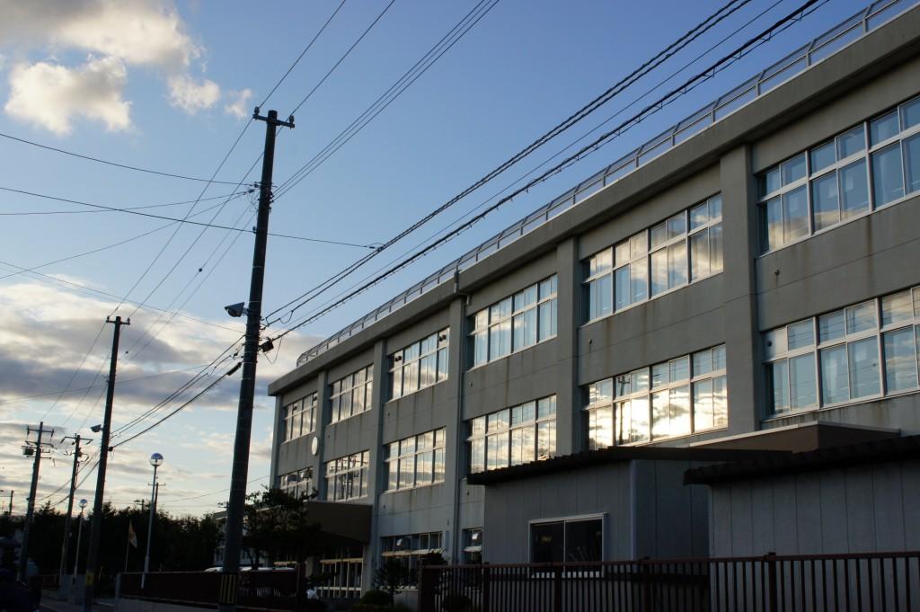 小学校 1/160 f11 ISO200
