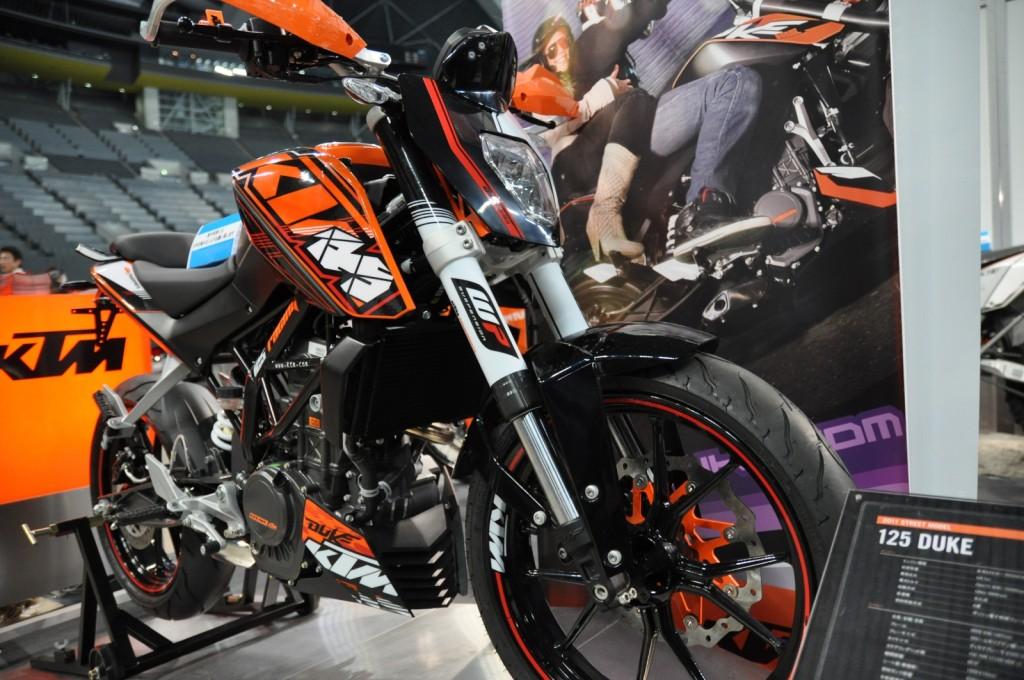 KTMの125