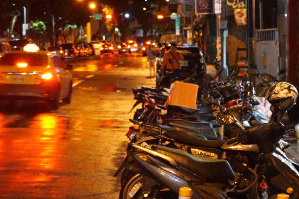 夜の台北市街