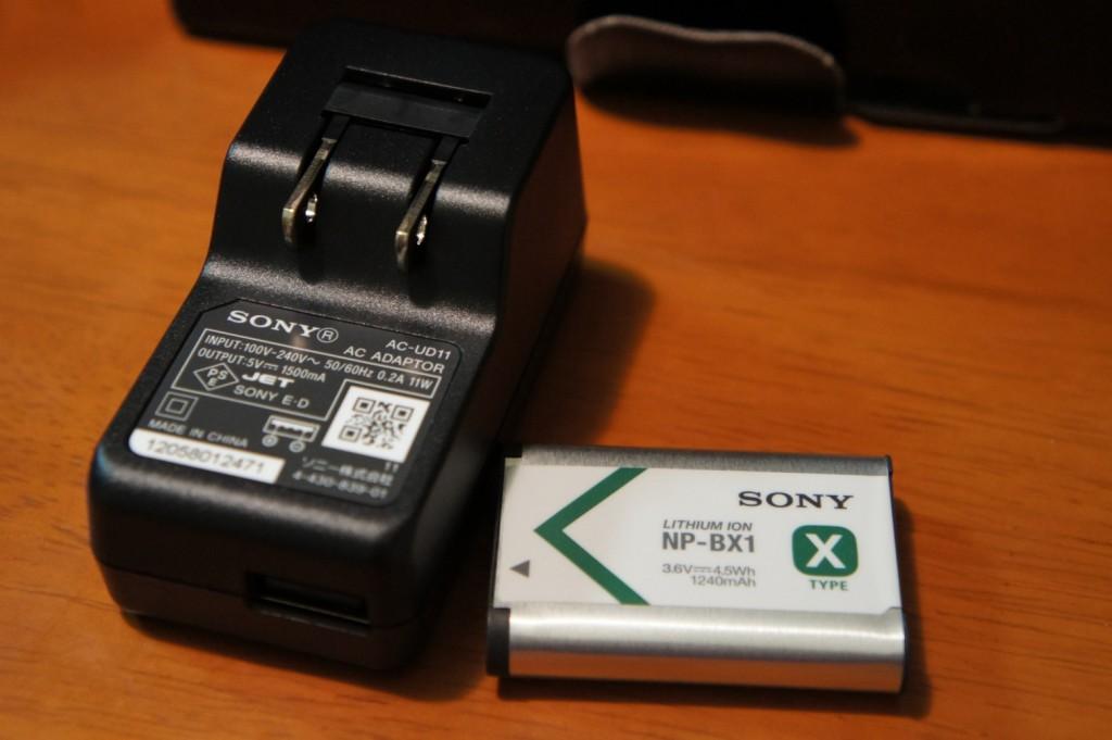 標準添付のAC-USB&バッテリー